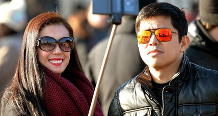World to tourists: Leave the selfie stick at home