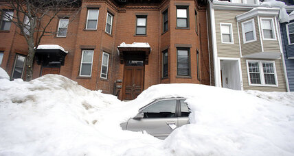 It's official: Boston breaks snowfall record. 'There will be no parade.' (+video)
