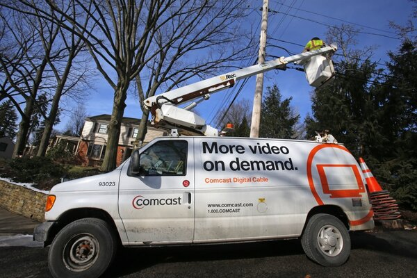 0402-Comcast-Gigabit.jpg?alias=standard_