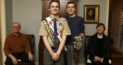 With openly gay leader, New York chapter defies Boy Scout ban (+video)