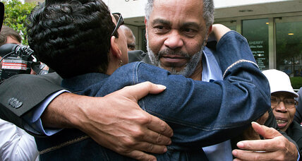 Alabama man released after decades on death row: Sign of a flawed system? (+video)