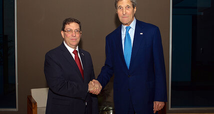 US and Cuban officials meet in Panama amid historic thaw in relations (+video)