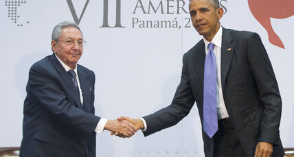 Obama-Castro handshake: What it means, and what it doesn't (+video)