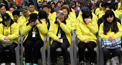 Sewol ferry disaster: A year later, South Koreans search for solace (+video)