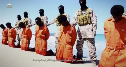 Islamic State murders 30 African migrants in Libya, while up to 700 died off coast