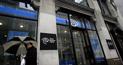 Comcast gives up bid for Time Warner Cable as FCC pushes back