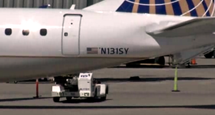 Lack of air in cabin on SkyWest Flight prompts emergency landing
