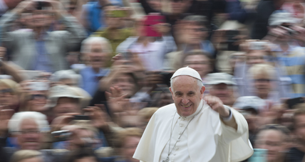 Pope calls gender wage gap 'pure scandal.' But does he practice what he preaches? (+video)