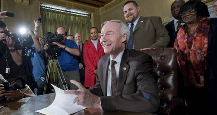 Indiana, Arkansas, and other 'religious freedom' laws: Trouble for the GOP (+video)