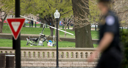 Small helicopter lands near US Capitol. Pilot arrested while investigation continues