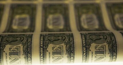 Dollar stays strong despite poor jobs data