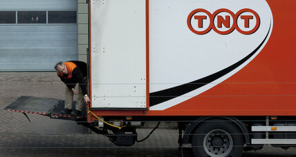 FedEx buys TNT for $4.8 billion; stock surges