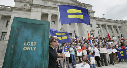 Arkansas governor stalls religious freedom bill. Is Wal-Mart to thank? (+video)