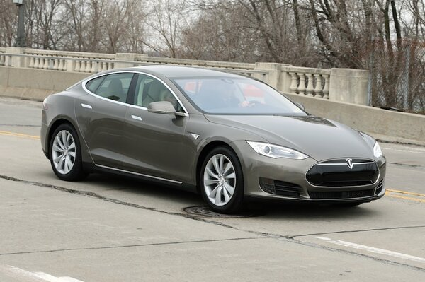 XC90 vs Tesla Model X