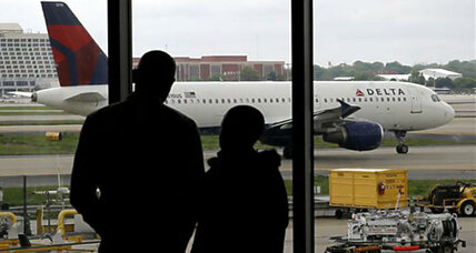 Summer air fares fall for the first time in years (+video)
