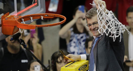 Auriemma, UConn women capture 10th NCAA title