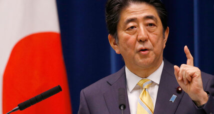 In Japan, anger at Shinzo Abe's heavy hand on press turns mainstream (+video)