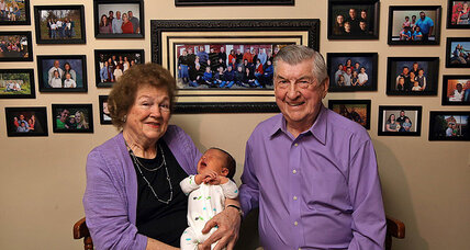 Illinois couple welcomes 100th grandchild. Where do big families fit?