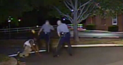 In arrest of cop for kicking black man, signs of shift on prosecuting police (+video)
