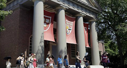 Is Harvard racist? Asian-Americans claim unfair Harvard admission quotas (+video)