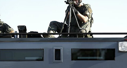 Obama bans military equipment for police, including armored vehicles (+video)