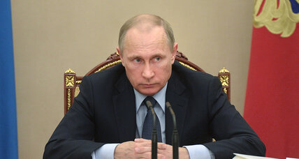Putin classifies Russian soldiers' deaths while denying Ukraine buildup