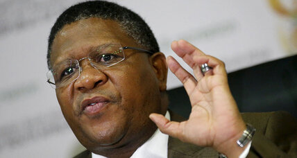 South African minister says $10 million given to ex-FIFA official not a bribe (+video)