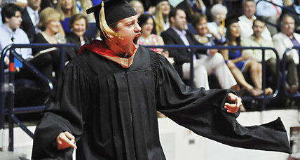 Defending dignity? Mississippi to press charges for cheering at graduation (+video)