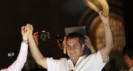 'El Bronco' bucks old order, rides hopeful wave in Mexican elections (+video)