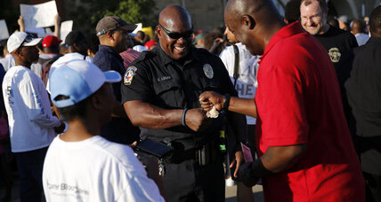 Behind tension over Texas pool party, a seismic shift in American suburbs (+video)