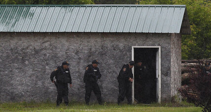 Search for NY escapees goes back to prison town