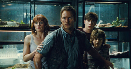 'Jurassic World' looks like low-to-mid-range Spielberg