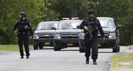Bloodhounds may have picked up escaped killers' scent near N.Y. prison