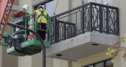 Berkeley balcony collapse tied to rotted wooden beams (+video)