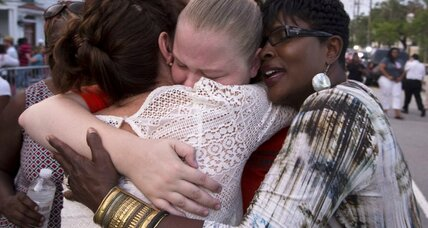 Charleston: Victims' families tell alleged shooter Dylann Roof 'We forgive you' (+video)
