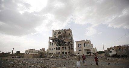More than 45 killed by Saudi-led airstrike in Yemeni marketplace, officials say (+video)