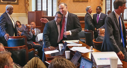 SC Senate votes to remove Confederate flag. Is support for the flag vanishing?