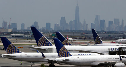 What made United Airlines ground all flights for second time in two months?