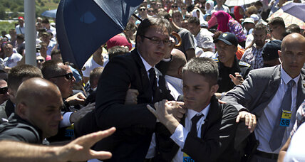 Serbian Prime Minister pelted with rocks at Srebrenica memorial