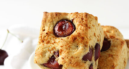 Almond cherry scones (with coconut sugar)