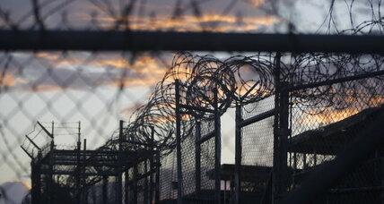 Obama's plan to close Guantánamo Bay in 'final stages'
