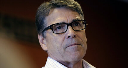Court dismisses one felony against Rick Perry: Will it help 2016 campaign? (+video)