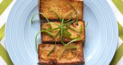Sautéed tofu with ginger and garlic