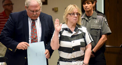 Joyce Mitchell enters plea deal in prisoner escape: What's in her bargain? (+video)