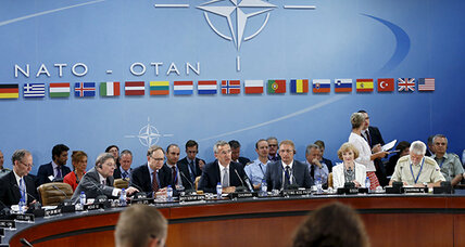 NATO pledges 'strong solidarity' in Turkish fight against IS