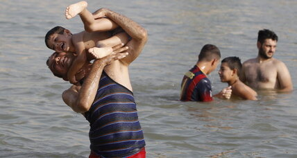 Iraq shuts down as heat wave smothers Middle East