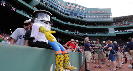 Fans demand justice for hitchBOT, 'killed' after only two weeks in US