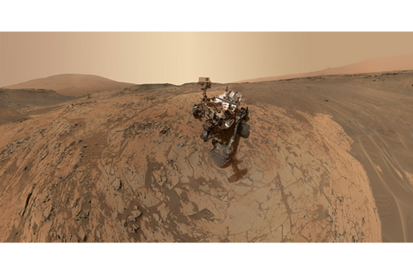 Curiosity Mars rover completes third year on Red Planet ...