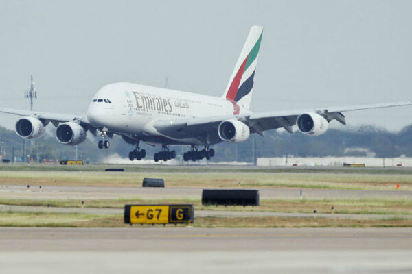 Emirates Worlds Longest Flight How Do You Survive A Hour - The 14 longest non stop flights in the world