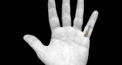 What a fossil pinky reveals about human evolution